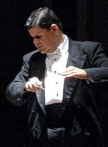 Ricardo del Carmen Fortuny, director